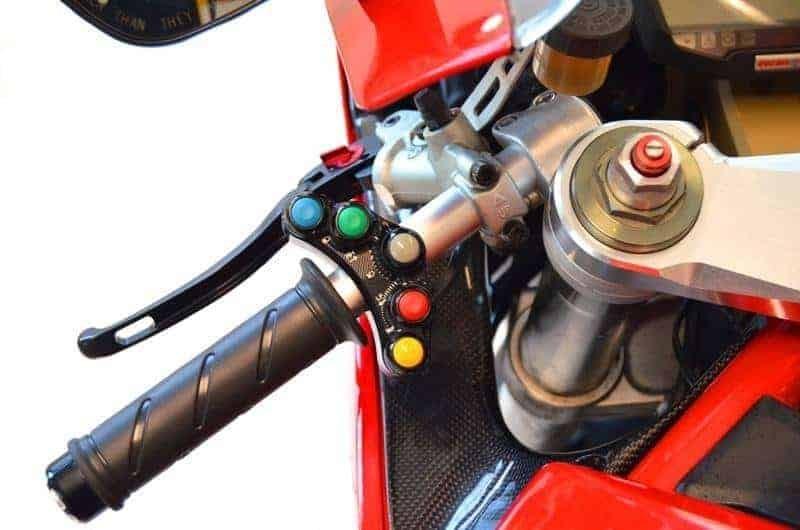 COMMODO RACING GAUCHE DUCATI SBK 848 / 1098 / 1198